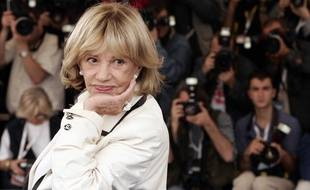 Jeanne Moreau prend la pose au Festival de Cannes en 2005.
