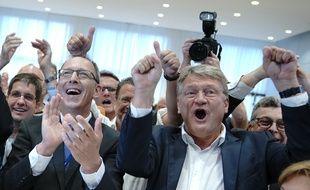 Dresde, le 1er septembre 2019. Les représentants de l'AfD se réjouissent après les résultats des élections régionales en ex-RDA.