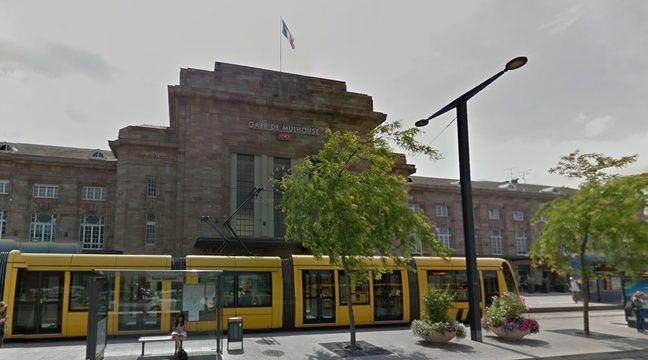 mulhouse une boutique de livres ph m re la gare au profit du mulhouse. Black Bedroom Furniture Sets. Home Design Ideas