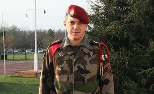 Le caporal Cédric Charenton, du 1er régiment de chasseurs parachutistes (1er RCP) de Pamiers (Ariège), décédé samedi 2 mars dans le Nord du Mali.