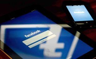 Facebook propose la désactivation des pubs politiques