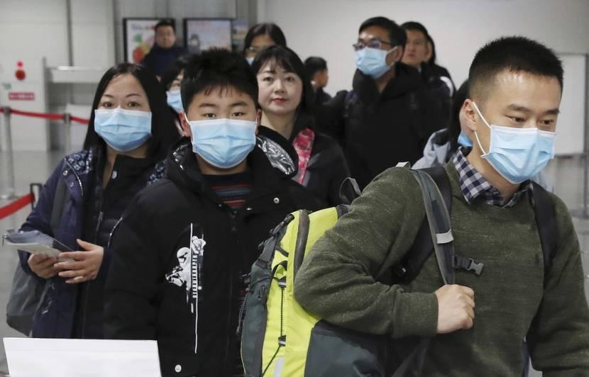 Coronavirus: Un troisième cas confirmé en France, 15 nouveaux décès en Chine