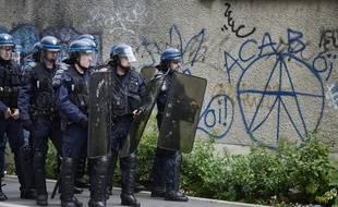 Ce collectif appelle à mener des actions pour dénoncer ''les violences policières'' lors de ''nuits bleues''