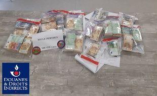 L'argent saisi le 4 juin par les douanes de Perpignan