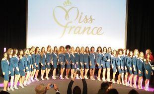 Les trente candidates à la couronne de Miss France 2018.