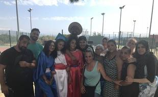 Mamans, éducateur, rappeurs et jeunes du quartier ont tout organisé seuls pour cette fête de la Castellane.
