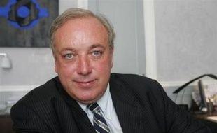 """Marc-Philippe Daubresse, délégué général de l'UMP, a plaidé jeudi pour un """"plafonnement global"""" des niches fiscales pour aider à financer le Revenu de Solidarité Active (RSA), à l'ouverture d'une """"convention sociale"""" de l'UMP, dont il est l'organisateur."""