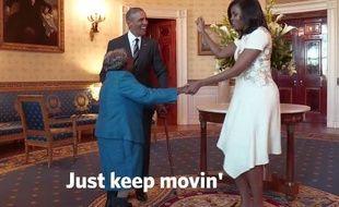 Virginia McLaurin, 106 ans, danse avec Barack et Michelle Obama à la Maison-Blanche.
