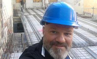 Philippe Etchebest, en visite sur le chantier de son nouveau projet aux Chartrons, à Bordeaux.