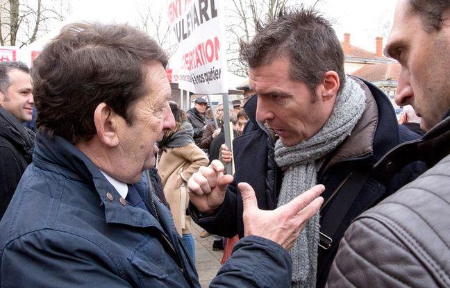 Les manifestants reprochent aux élus bordelais un passage en force sur la question du stationnement payant.