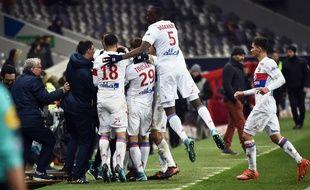 La joie lyonnaise, lors du succès de l'OL sur le TFC en Ligue 1, le 20 décembre 2017 au Stadium de Toulouse.
