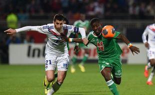 Maxime Gonalons et Max-Alain Gradel avaient livré un duel très accroché la saison passée à Gerland (1-2).