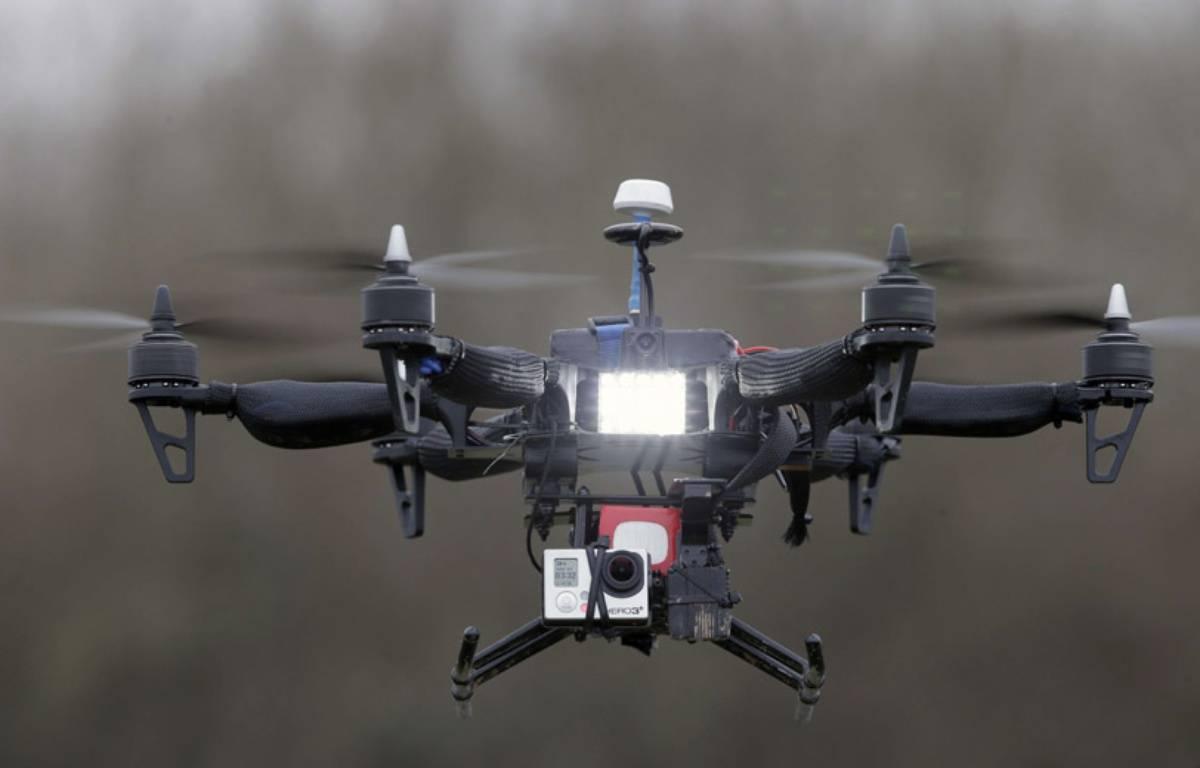 Démonstration d'un vol de drone à Paris le 9 février 2015. – Francois Mori/AP/SIPA
