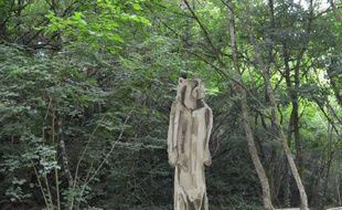 C'est dans cette statue agrandie que l'artiste Abraham Poincheval va s'enfermer durant une semaine.