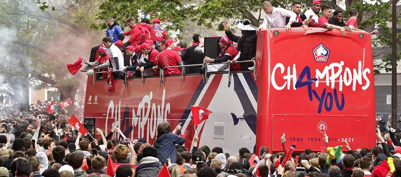 La parade des joueurs du Losc à Lille pour fêter le titre de Champion de France.