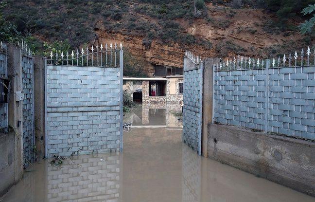 VIDEO. Inondations en Italie: La mort d'une famille relance le débat sur les constructions illégales
