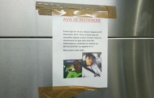 Des affiches ont été placardées dans le métro de Rennes après la disparition d'Erwan, 18 ans.