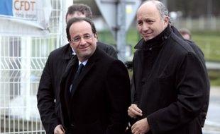 """Laurent Fabius, ancien Premier ministre socialiste, a qualifié lundi la perte de la note financière maximale de la France de """"dégradation Sarkozy"""