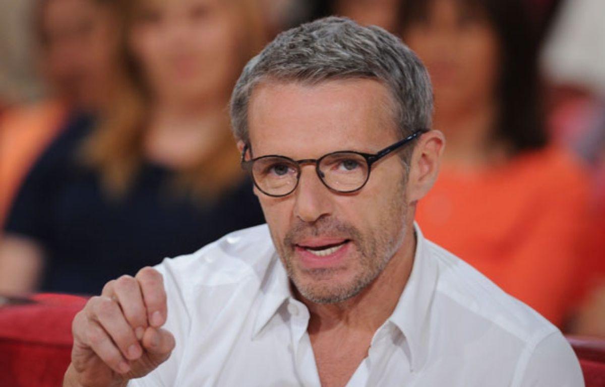 Lambert Wilson le 16 avril 2014 dans l'émission Vivement Dimanche sur France 2 – PJB/SIPA
