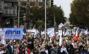Des manifestants anti-avortement dans les rues de Madrid le 22 septembre 2014