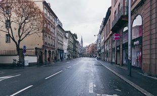 La rue du la Nuée-Bleue à Strasbourg, vidée de ses voitures.