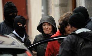 De 400 à 800 manifestants, selon la police ou les organisateurs, ont dénoncé samedi à Saint-Jean-Pied-de-Port (Pyrénées-Atlantiques) les arrestations cette semaine de trois militants basques français et espagnols, a constaté une correspondante de l'AFP.