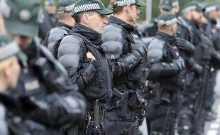 Des policiers nord-irlandais à Belfast, le 1er octobre 2016. (Illustration)