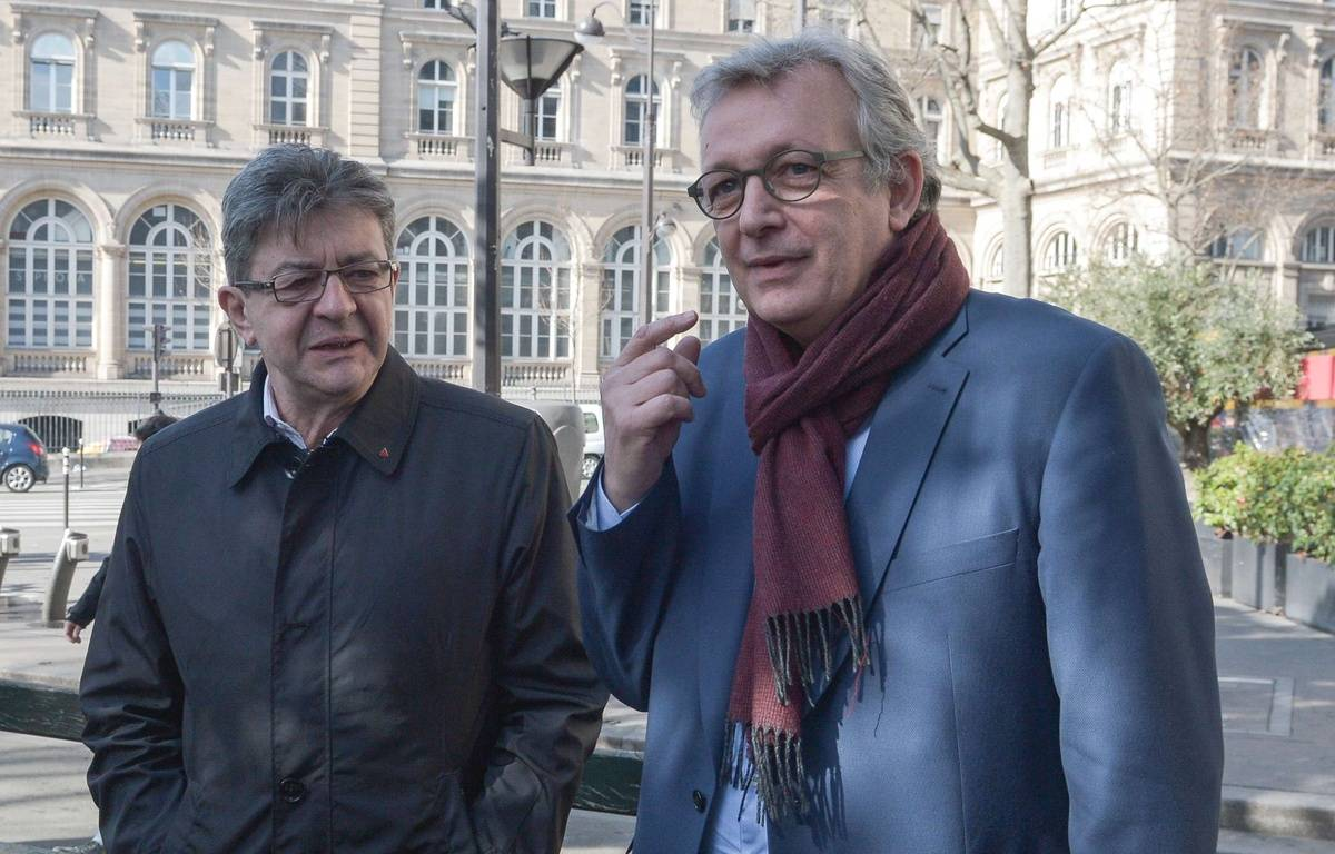Jean-Luc Mélenchon, leader de La France insoumise, et Pierre Laurent, secrétaire national du PCF, quand ils se parlaient encore, le 24 février 2017 à Paris. – ISA HARSIN/SIPA