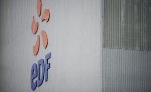 La Cour des Comptes a critiqué lundi l'organisation et la durée du travail au sein d'EDF et de ses filiales RTE et ERDF, appelant à mieux contrôler et améliorer la productivité des salariés.
