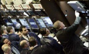 Les Bourses mondiales sont toutes reparties à la baisse jeudi, deux jours après l'onde de choc déclenchée en Chine, les craintes des investisseurs ayant été ravivées par des signaux très mitigés sur l'état de santé de l'économie américaine, selon les spécialistes.