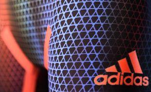 Adidas ne pourra pas enregistrer ses trois bandes parallèles comme marque dans l