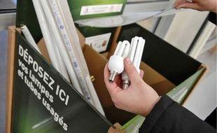 En France, un tiers des ampoules basse consommation usagées sont collectées.