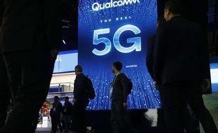 Une publicité pour la 5G au stand Qualcomm du salon CES (Consumer Electronics Show) de Las Vegas, l'un des plus importants salons consacrés à l'innovation technologique.