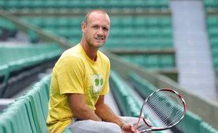 Le joueur de tennis français, Julien Jeanpierre, sur le central de Roland Garros, le 19 mai 2008.