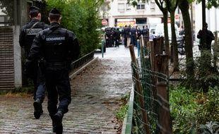 Un attaque à l'arme blanche s'est produite vendredi matin dans le 11e arrondissement de Paris dans la rue Nicolas Appert, celle des anciens locaux de Charlie Hebdo.