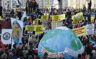 Des manifestants pour le climat pendant le sommet de Copenhague en décembre 2009.
