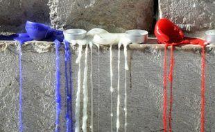 Des bougies tricolores à Aix-en-Provence pour les victimes des attaques de Paris