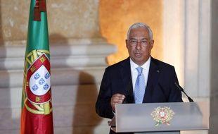 Antonio Costa prononce un discours, alors que le nouveau gouvernement portugais prête serment, à Lisbonne, le 26 octobre 2019.
