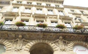 Situé dans le Grand Hôtel de Bordeaux, le Black Diamond est tenu par Lilian Laslandes et Nisa Saveljic.