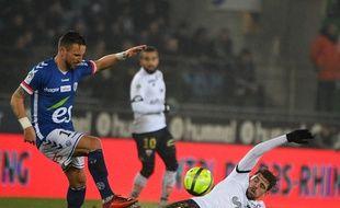 Contre Dijon en Ligue (3-2), les Strasbourgeois ont joué sur une pelouse détrempée cinq jours avant la réception de Lille en Coupe de France.
