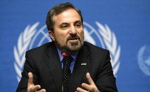 Les discussions entre opposition et gouvernement syriens menées par le médiateur de l'ONU Lakhdar Brahimi devaient reprendre samedi à Genève, en dépit de l'impasse dans laquelle elles se trouvent, un appel aux parrains russes et américains de la Conférence n'ayant produit aucun effet.