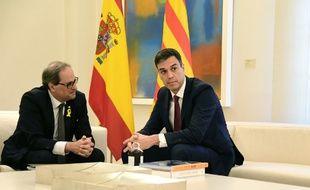 Le Premier ministre espagnol Pedro Sanchez a rencontré ce lundi le président séparatiste catalan Quim Torra à Madrid.