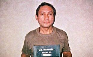 """Le """"dernier obstacle"""" au retour au Panama de l'ex-dictateur Manuel Noriega a été levé, a estimé mercredi son avocat, après l'annonce par la cour d'appel de Paris du feu vert des Etats-Unis à une seconde demande d'extradition déposée par les autorités panaméennes."""