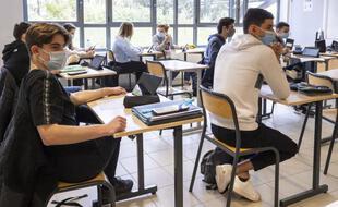Salle de classe du Lycée Simone Veil DE Sophia Antipolis, Valbonne, le 25/03/2021.
