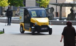 Un véhicule propre de la Poste, à Antigone, à Montpellier (Illustration).