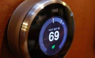 """Piloter la consommation d'énergie de son logement depuis un smartphone ou une tablette: l'énergie """"intelligente"""" émerge aussi à la maison, alors que le rachat de l'américain Nest par Google cette semaine a braqué les projecteurs sur ces nouveaux produits."""