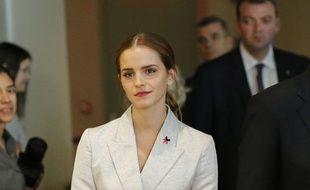 L'actrice britannique Emma Watson , nouvelle ambassadrice de l'ONU pour les droits des femmes, a reçu des mances en ligne après son discours à la tribune de l'ONU.