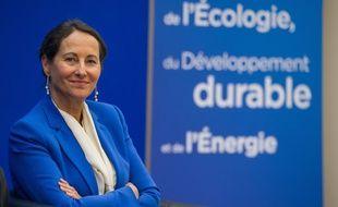 Segolene Royal. la ministre de l'Ecologie assure que l'Elysée soutient toujours Jean-Pierre Jouyet.