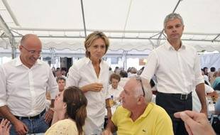 A trois mois de l'élection par l'UMP d'un nouveau leader, la quasi-totalité des ténors du parti, François Fillon excepté, s'est donné rendez-vous vendredi et samedi à Nice pour célébrer son ancien champion Nicolas Sarkozy, absent du rassemblement mais présent dans tous les esprits.