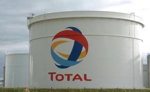Total fait partie des groupes qui ont le plus bénéficié de la niche appelé Bénéfice mondial consolidé
